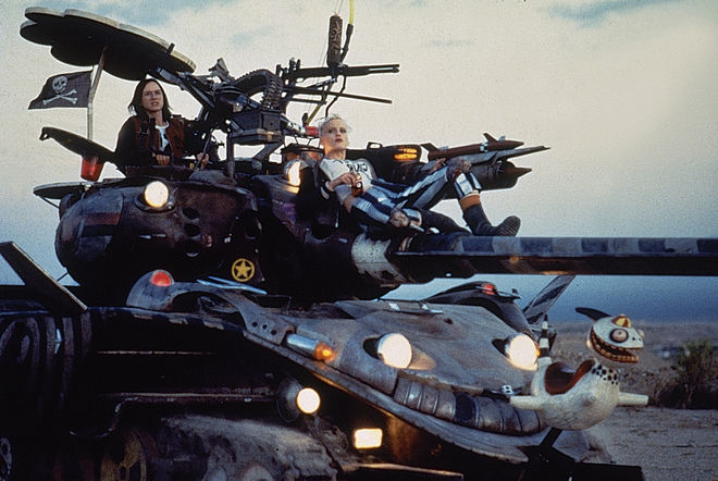 IMAGE: Photo – Tank Girl and Jet Girl on the tank