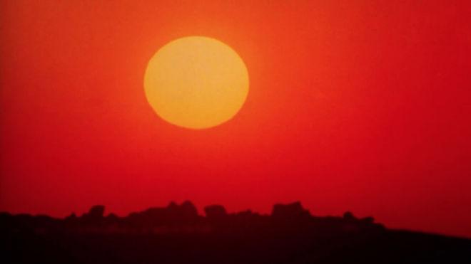 IMAGE: Sun bright red
