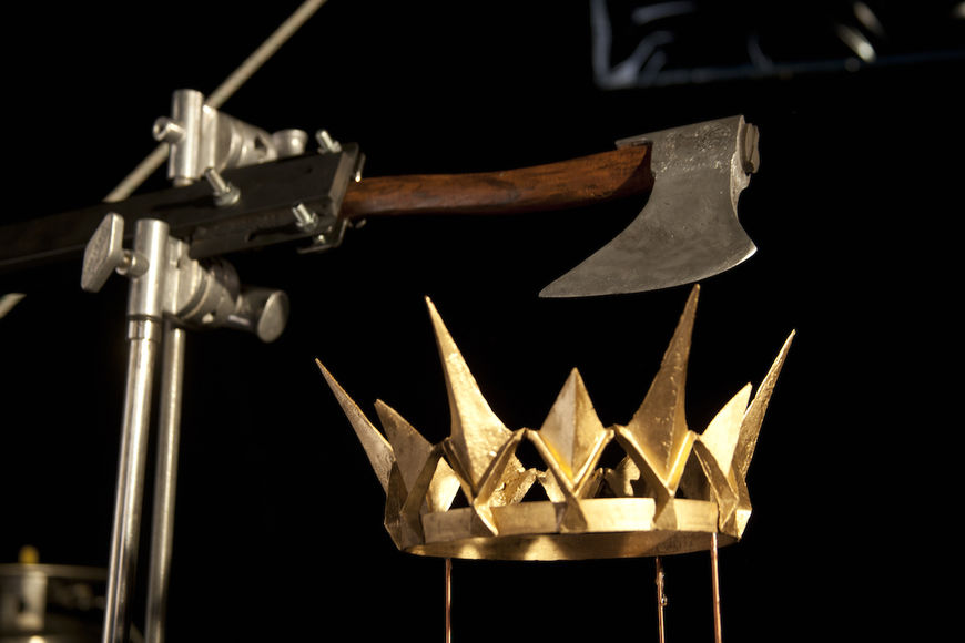 IMAGE: Photo – Axe and crown rig