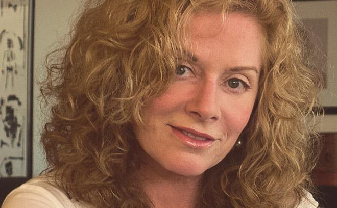 IMAGE: Nina Saxon bio photo headshot